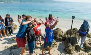 EXPERIENCE PARADISE IN INDONESIA 1