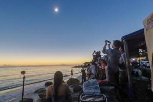 Total eclipse byTravis Longmore Photography