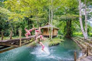 Travis Longmore Photography - Allan Dixon at Salodik Waterfall