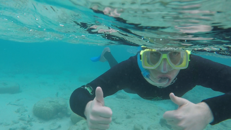 snorkelling-barrier-reef