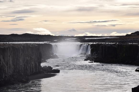 Iceland-Selfoss-waterfall