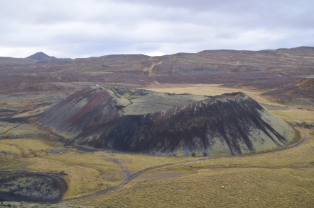 Iceland_crater