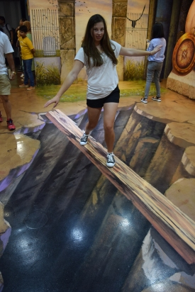 Trick-eye-museum-singapore